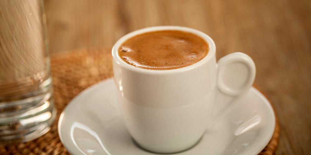 Στον ΦΠΑ 24% παραμένουν καφές, χυμοί και αναψυκτικά