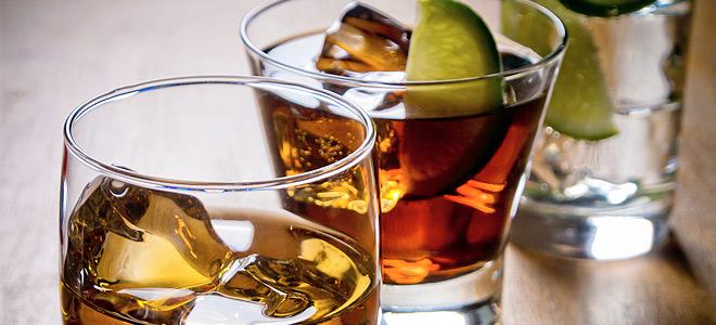 Αυξάνεται η κατανάλωση αλκοόλ παγκοσμίως – Πόσο πίνουν οι Έλληνες