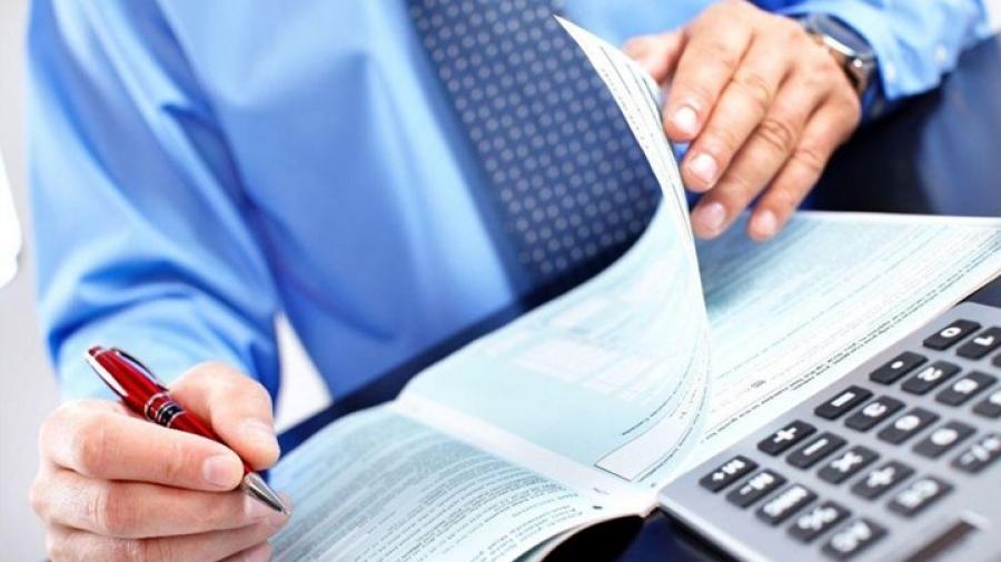 Φορολογικές δηλώσεις- Ποιοι θα πληρώσουν πρόστιμο έως 500 ευρώ
