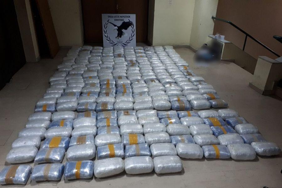 Συνελήφθη στα Γρεβενά με 270 κιλά κάνναβης