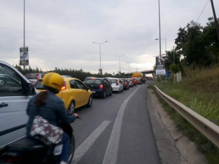 Δυο τροχαία στον Περιφερειακό Θεσσαλονίκης