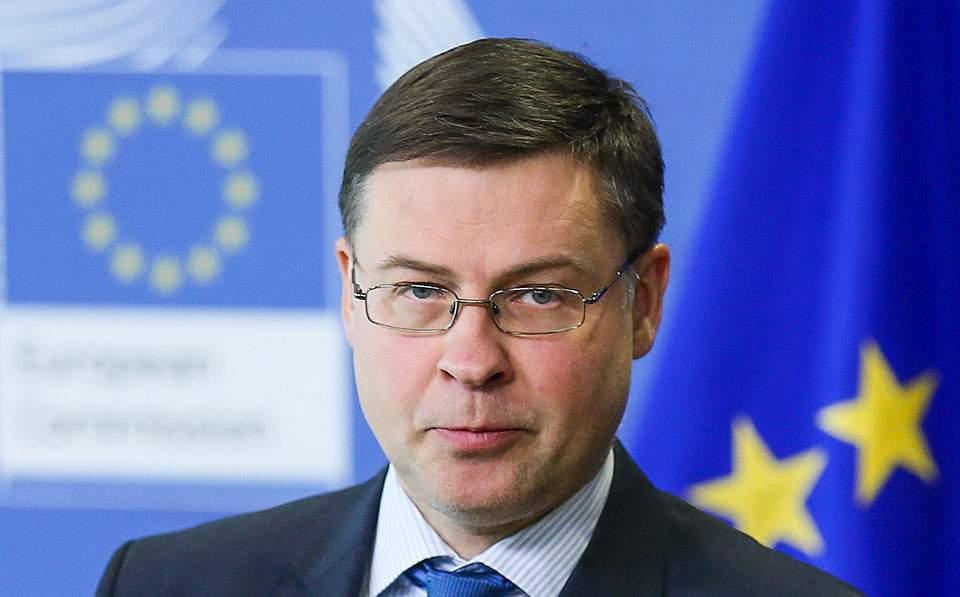 Βάλντις Ντομπρόβσκις: Έρχεται ανάπτυξη, αλλά με κινδύνους