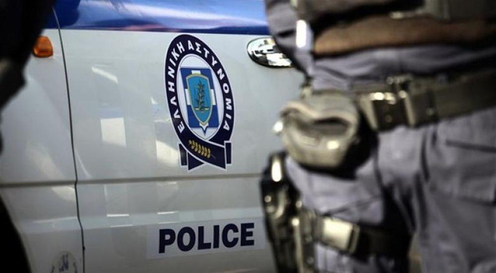 Αμπελόκηποι: Συνελήφθη ενώ μετέφερε παράτυπους μετανάστες