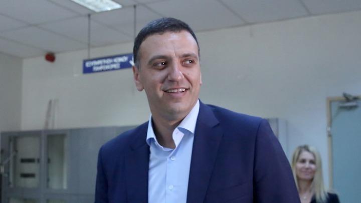 Κικίλιας: Οι Έλληνες φορολογούμενοι δε θα πληρώνουν παροχές υγείας αλλοδαπών