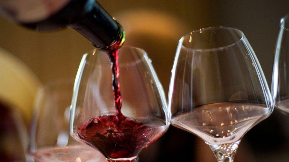 Ερευνα: Ένα ποτήρι κόκκινο κρασί ισούται με μια ώρα στο γυμναστήριο