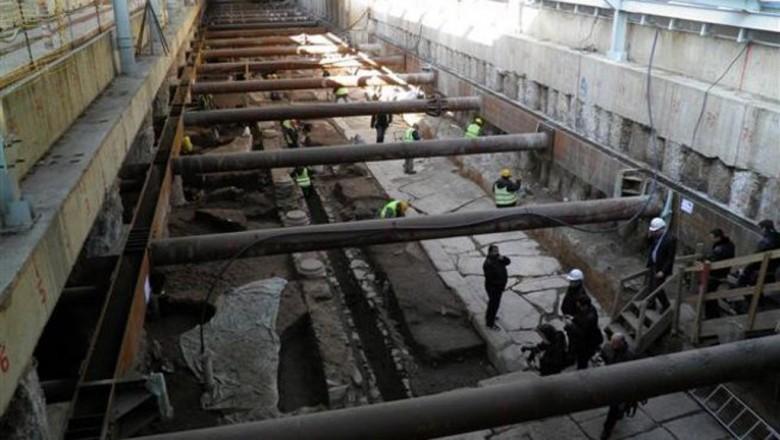 Σάββατο 07/09: Η τελική απόφαση για παραμονή ή απομάκρυνση των αρχαίων στο σταθμό Βενιζέλου