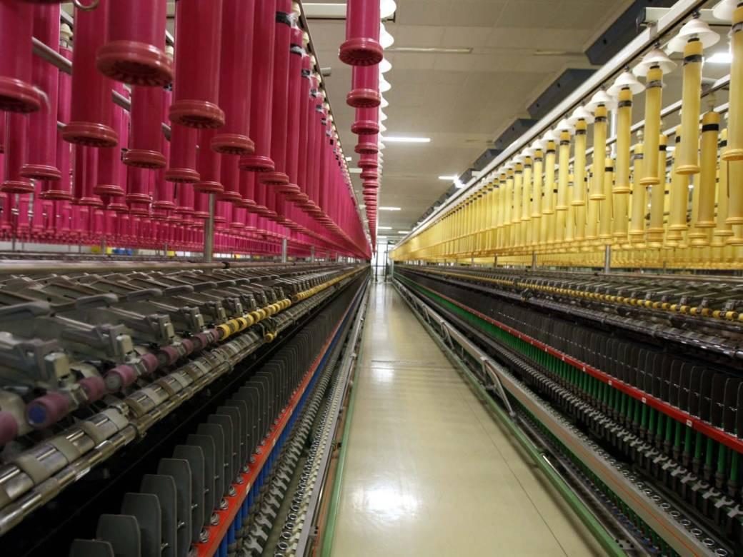 Αυξήθηκαν οι εξαγωγές στη βιομηχανίας ένδυσης