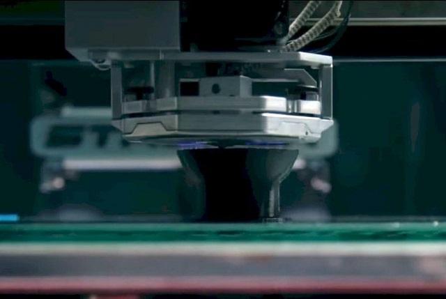 Ερευνητές δημιούργησαν έναν 3D εκτυπωτή που τυπώνει σε μέγεθος ανθρώπου