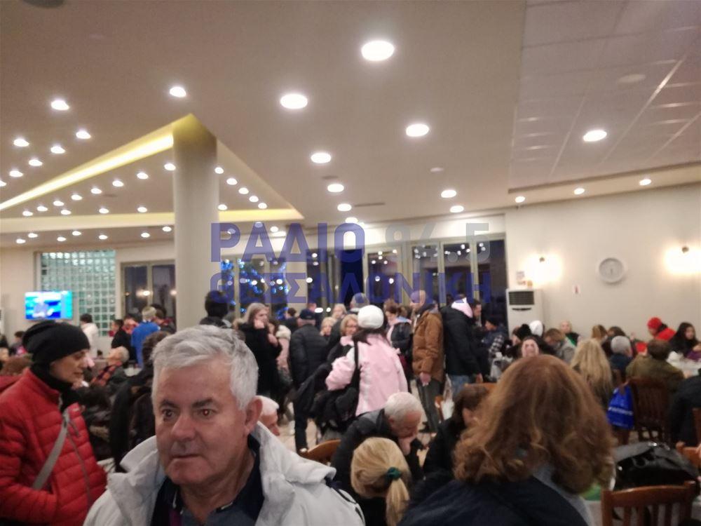 Μαρτύριο το ταξίδι στην Ε.Ο. λόγω καιρικών φαινομένων- Χιλιάδες οι εγκλωβισμένοι στη Λαμία
