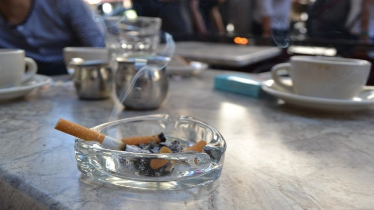 Λέσχη για καπνιστές στη Θεσσαλονίκη