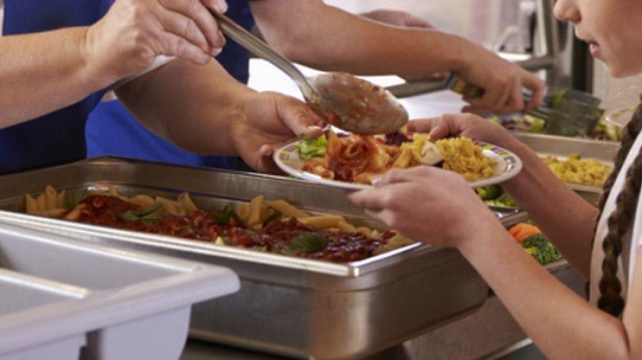 Χωρίς σχολικά γεύματα 4.500 μαθητές στη Θεσσαλονίκη