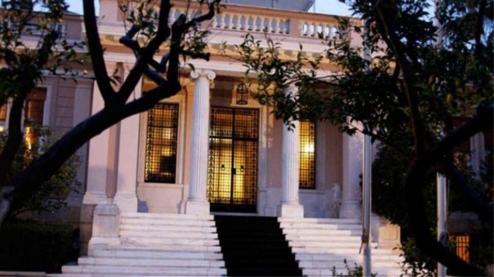 Κυβερνητικές πηγές για Τσίπρα: Έγνοια του όταν ξυπνάει είναι να πει κάτι για τον Μητσοτάκη