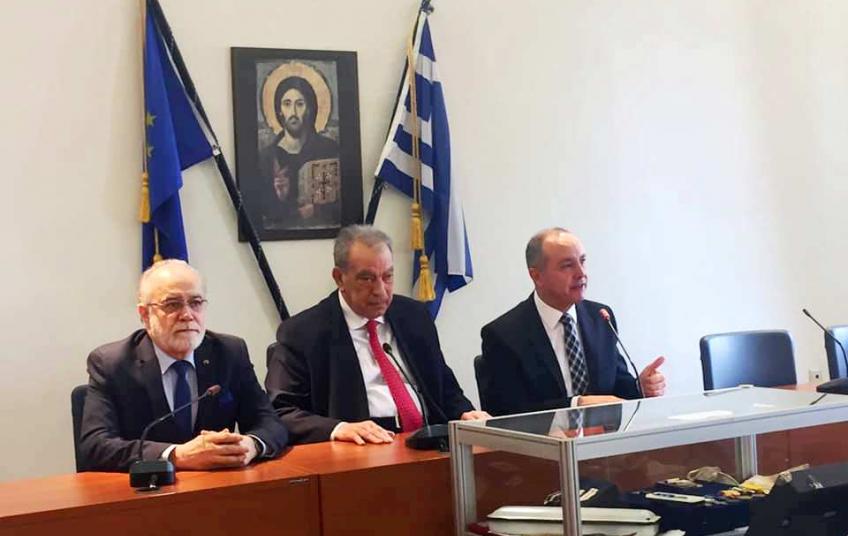 """Εγκαινιάστηκε η έκθεση """"Η Ελληνίδα στον Πόλεμο"""""""