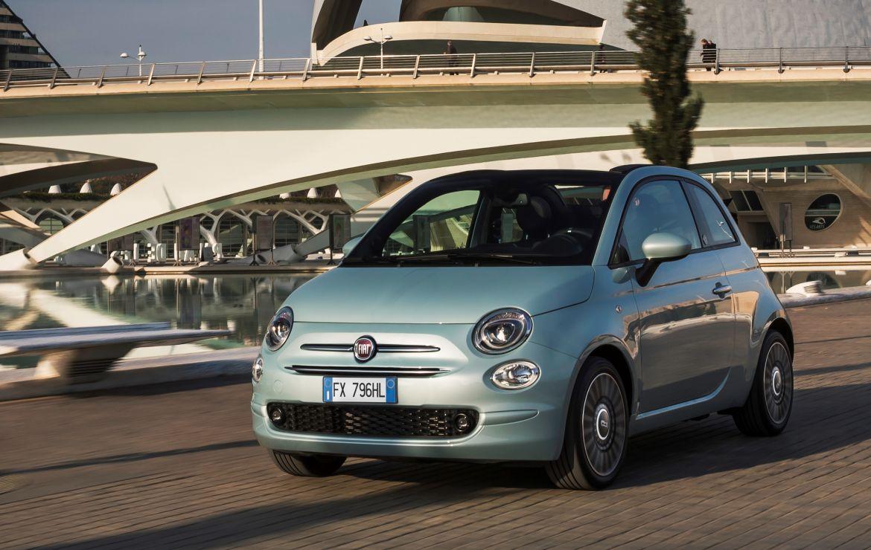 Στην Ελλάδα το Fiat 500 Hybrid από τις 12.800 ευρώ