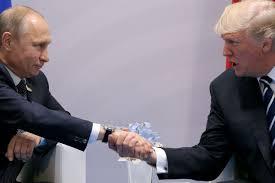 Κορωνοϊός: Πούτιν και Τραμπ συζήτησαν για πιο στενή συνεργασία στην καταπολέμηση του ιού