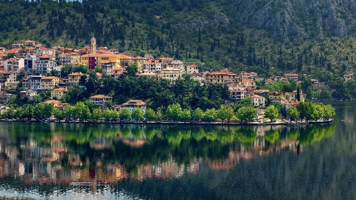 Επανεκκίνηση στον τουρισμό κάνει ο δήμος Καστοριάς