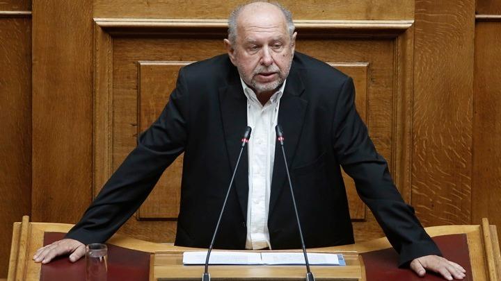Απάντηση τομεάρχη Πολιτισμού του ΣΥΡΙΖΑ στην ανακοίνωση του ΥΠΠΟΑ για τoν χώρο της Ακρόπολης
