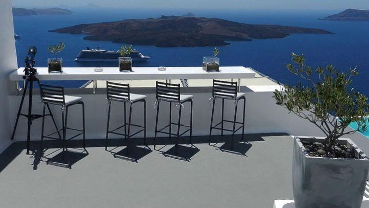 «Ο τουρισμός στην Ελλάδα ξεκινά» – Ρεπορτάζ του ZDF από την Σαντορίνη