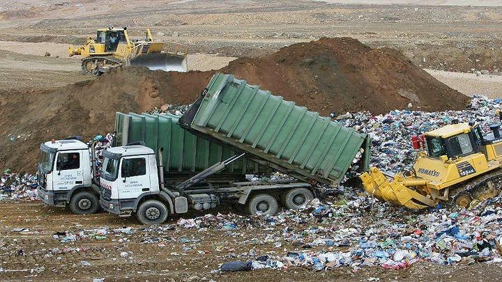 Μονάδα μηχανικής επεξεργασίας απορριμμάτων στη Μαυροράχη