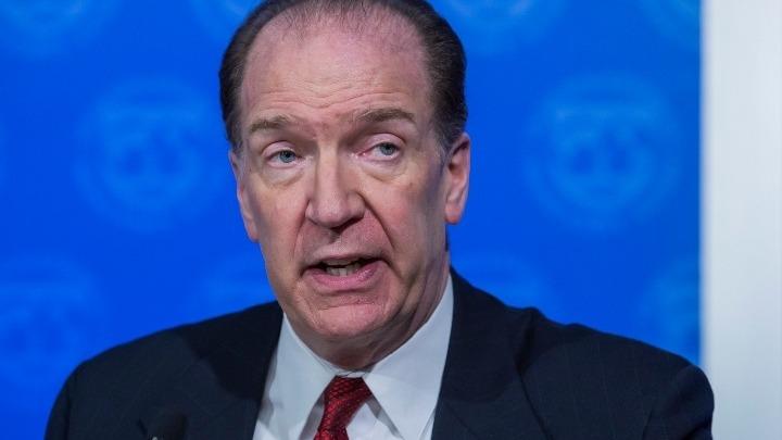 Ο επικεφαλής της Παγκόσμιας Τράπεζας προειδοποιεί για την έλλειψη πόρων προς τους φτωχότερους και την αδυναμία επενδύσεων