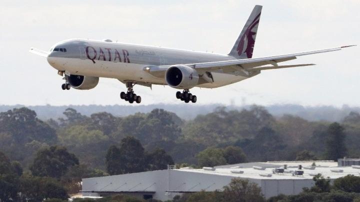 Qatar Airways: Οι 12 επιβάτες που βρέθηκαν θετικοί δεν προέρχονταν από το Κατάρ