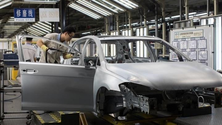 Συμφωνία BMW-εργαζομένων για «περικοπή» 6.000 θέσεων εργασίας