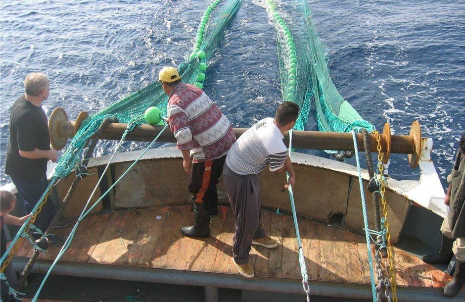 Από 25 Σεπτέμβρη οι αιτήσεις έκτακτης ενίσχυσης έως 24.000 ευρώ ανά αλιέα