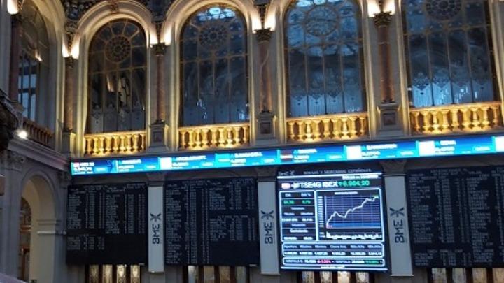 Διεθνείς αγορές: Πτώση καταγράφουν οι μετοχές, βουτιά σημειώνει η τιμή του πετρελαίου