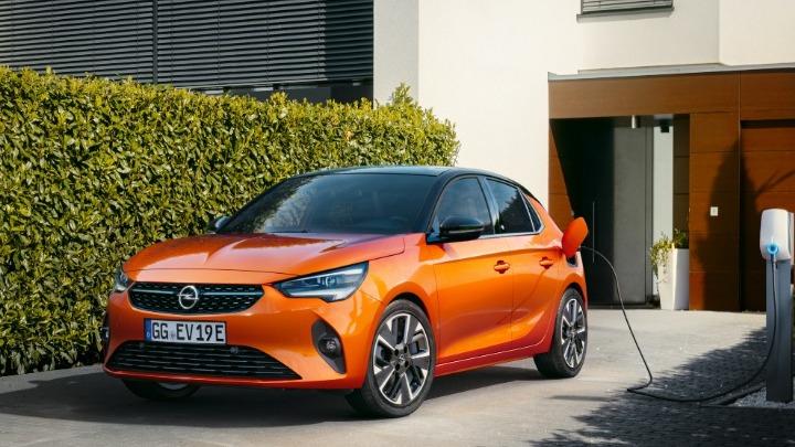 Το ηλεκτρικό Opel Corsa-e κέρδισε το «Χρυσό Τιμόνι 2020»