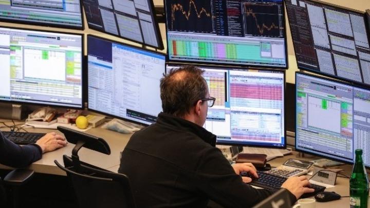 Ανακάμπτει η ευρύτερη ευρωπαϊκή αγορά, απώλειες στο Λονδίνο