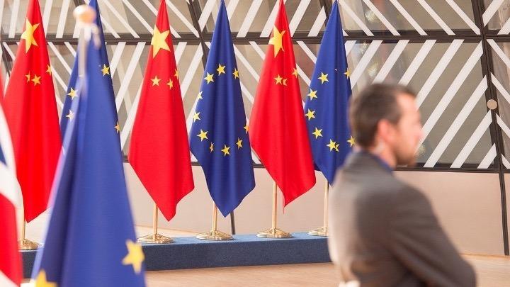 Πιθανή μία επενδυτική συμφωνία της ΕΕ με την Κίνα αυτή την εβδομάδα