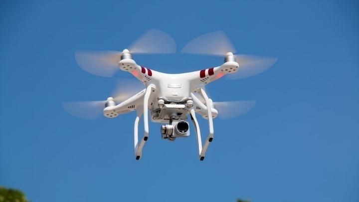 Γαλλία: Το Συμβούλιο της Επικρατείας αναστέλλει τη χρήση drones για την επιτήρηση των διαδηλώσεων