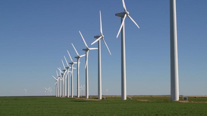 Πράσινο φως σε επενδύσεις 2 δισ. ευρώ σε ΑΠΕ