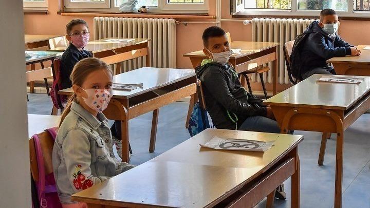 Υπ. Παιδείας: Ανοίγουν τη Δευτέρα τα δημοτικά, νηπιαγωγεία και ειδικά σχολεία