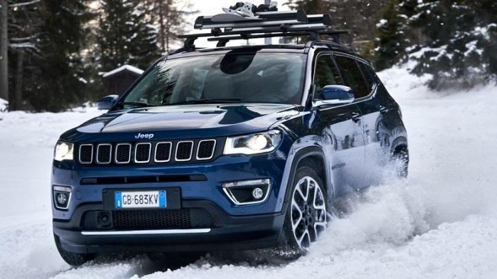 Τα χειμερινά ελαστικά παρέχουν μεγαλύτερα επίπεδα ασφάλειας και πρόσφυσης στους χιονισμένους δρόμους