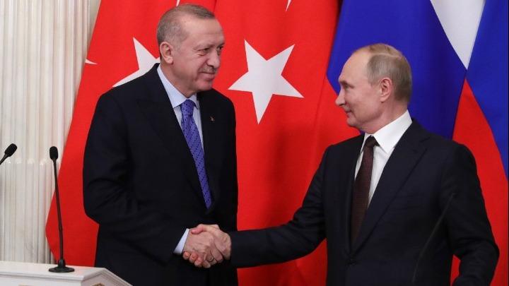 Επικοινωνία Πούτιν – Ερντογάν: Συνεργασία στην αντιμετώπιση της πανδημίας και στον ενεργειακό τομέα