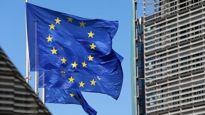 Με μήνυμα στα ελληνικά η πρόεδρος της Κομισιόν ανακοίνωσε την εκταμίευση 728 εκατ. ευρώ στην Ελλάδα από το SURE