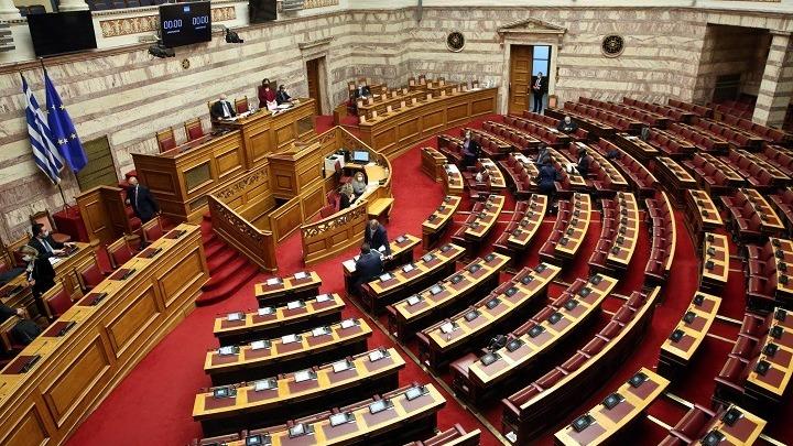 Η πολιτική στον τομέα της ενημέρωσης στο επίκεντρο των τοποθετήσεων στην Ολομέλεια