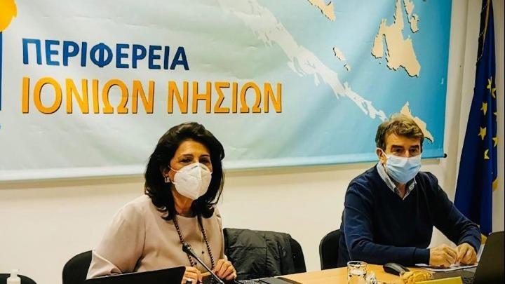 Μ. Χρυσοχοϊδης από την Κέρκυρα: Σας παρακαλώ πολύ εμβολιαστείτε όλοι με τη σειρά σας και να προσέχετε