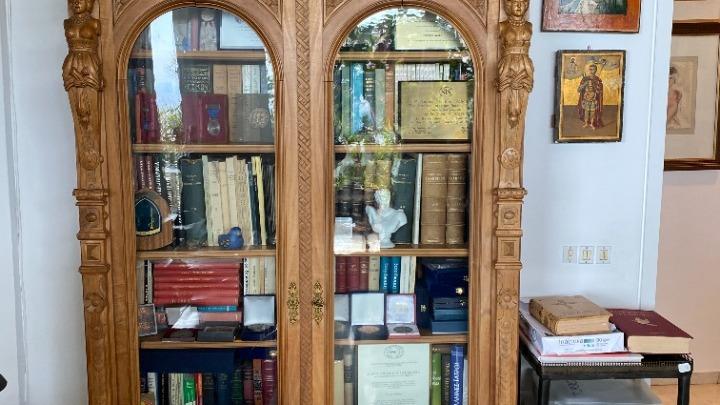 Δωρεά βιβλιοθήκης του Γεωργίου Α' για το Τατόι