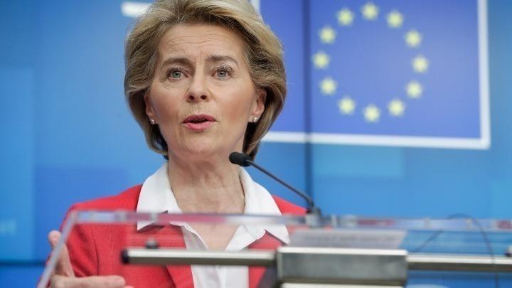Ούρσουλα φον ντερ Λάιεν: Οι Βρυξέλλες θα προτείνουν τον Μάρτιο ένα ψηφιακό διαβατήριο εμβολιασμού