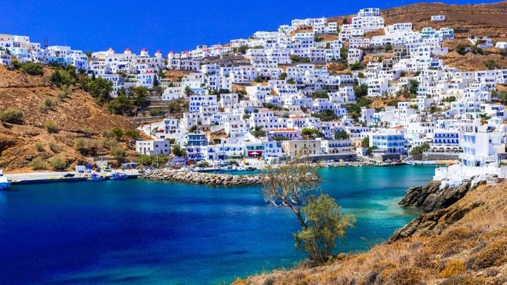 Δέκα ελληνικοί προορισμοί για διακοπές μετά την πανδημία από την εφημερίδα Guardian