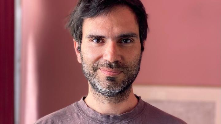 Στον Γιώργο Καρβέλα το βραβείο της Ένωσης Ελλήνων Κινηματογραφιστών