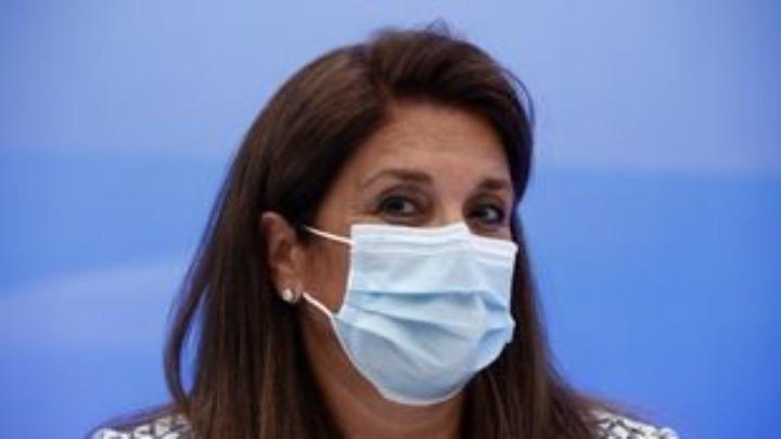 Β.Παπαευαγγέλου : Νοσηλεύουμε ολόκληρες οικογένειες – Η μάσκα απαραίτητη στους εξωτερικούς χώρους όταν συναντάμε φίλους