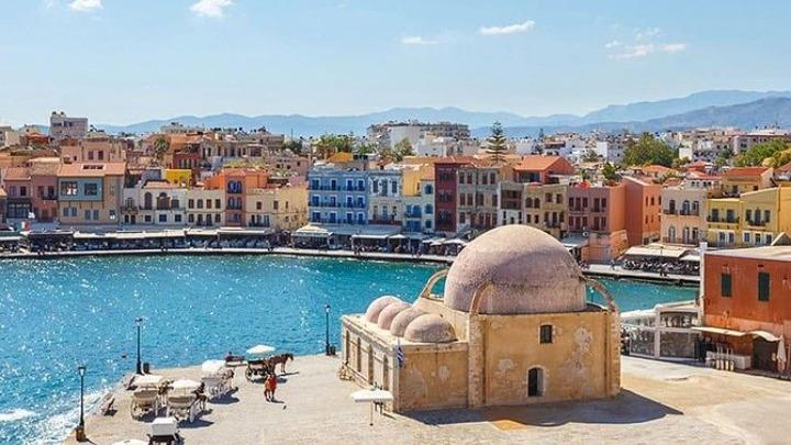 Δύο εκατομμύρια τουρίστες αναμένουν φέτος οι ξενοδόχοι της Κρήτης