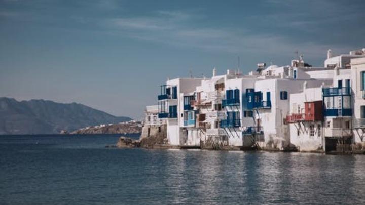 Το Celestyal Olympia θα πραγματοποιεί κρουαζιέρες από το λιμάνι του Λαυρίου σε Θεσσαλονίκη, Μύκονο, Σαντορίνη, Άγιο Νικόλαο, Ρόδο και Λεμεσό