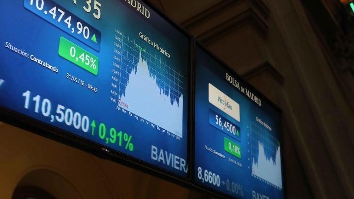 Διεθνείς αγορές: Σε υψηλά επίπεδα ρεκόρ κινούνται οι μετοχές