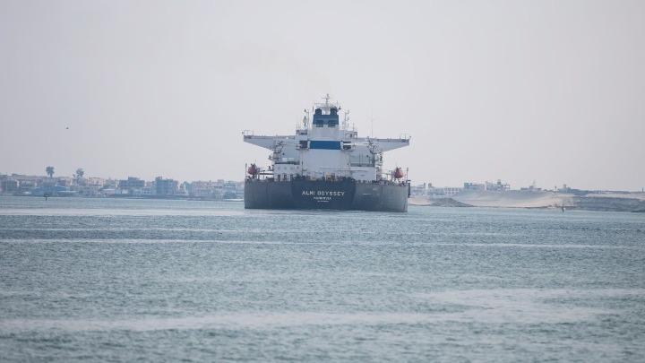Αίγυπτος: Η κυκλοφορία στη Διώρυγα του Σουέζ έχει επιβραδυνθεί λόγω προβλήματος σε τάνκερ