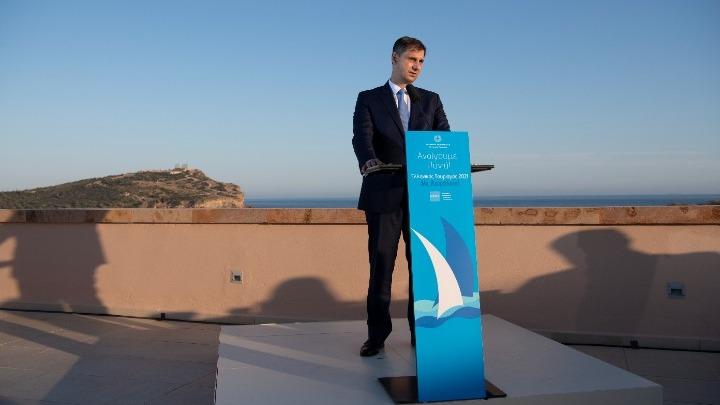 Στρατηγική επιλογή η συνολική αναβάθμιση του ελληνικού τουριστικού προϊόντος με έμφαση στα νέα προϊόντα και τη δημιουργία νέων θέσεων εργασίας