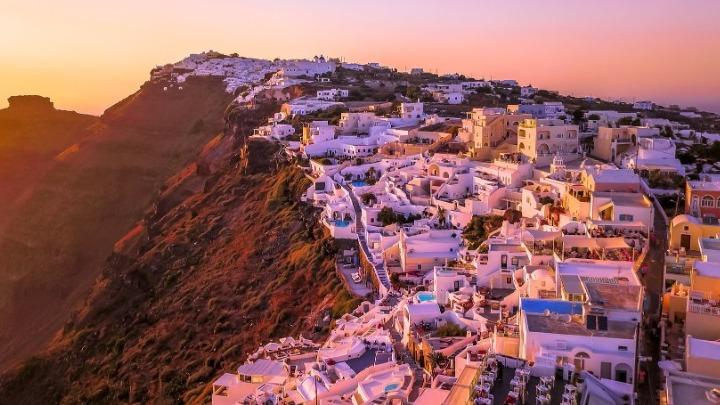 Χ. Θεοχάρης: Από το άνοιγμα του ελληνικού τουρισμού υπάρχει συνεχής πτώση των κρουσμάτων